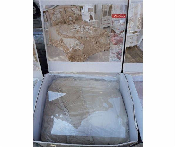 Покрывало Нарядное  270x280 см с Наволочками (4 пред.) MEVA yatak örtüsü takımı